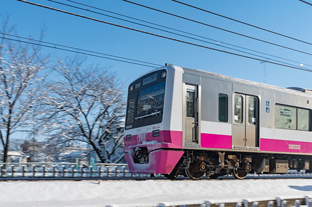 The Shin-Keisei Line and snow
