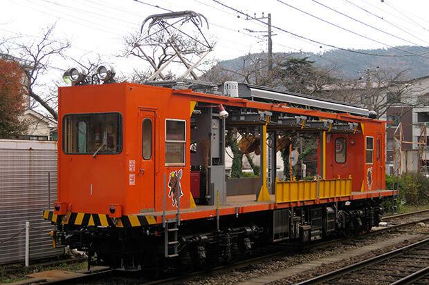 An open freight train for railway maintenance (MONI 1 series)