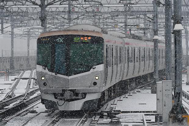 หิมะกับรถไฟขบวน ชุด TX-1000